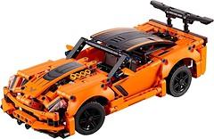 Фото LEGO Technic Chevrolet Corvette ZR1 (42093)
